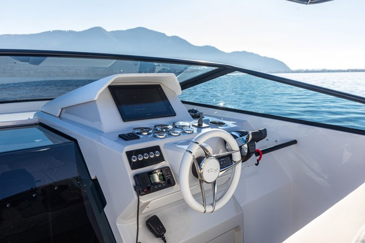 Rio Yachts - Daytona 2021