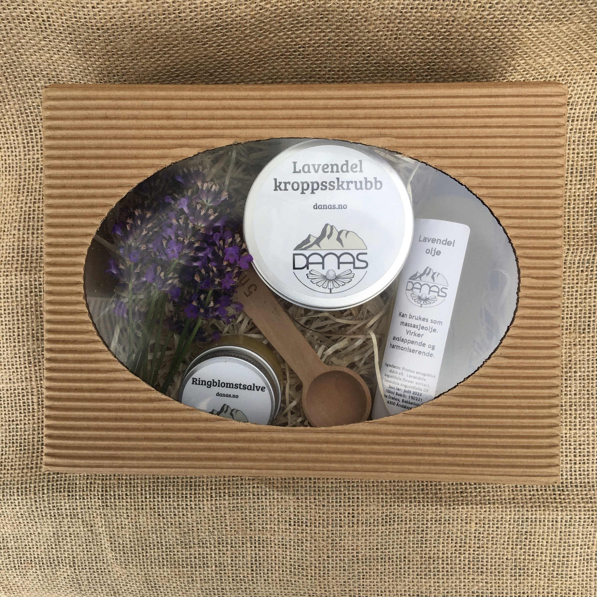 Gavesett: Lavendelolje, lavendel kroppsskrubb, ringblomstsalve