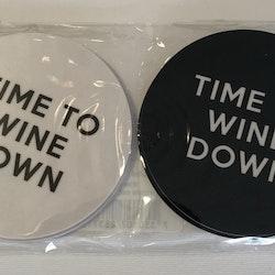 "Glasunderlägg ""Time To Wine Down"" 4-pack"