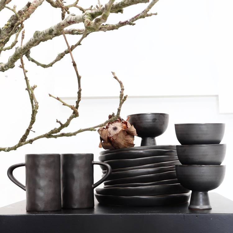Louise Smærup Keramikk skål på fot
