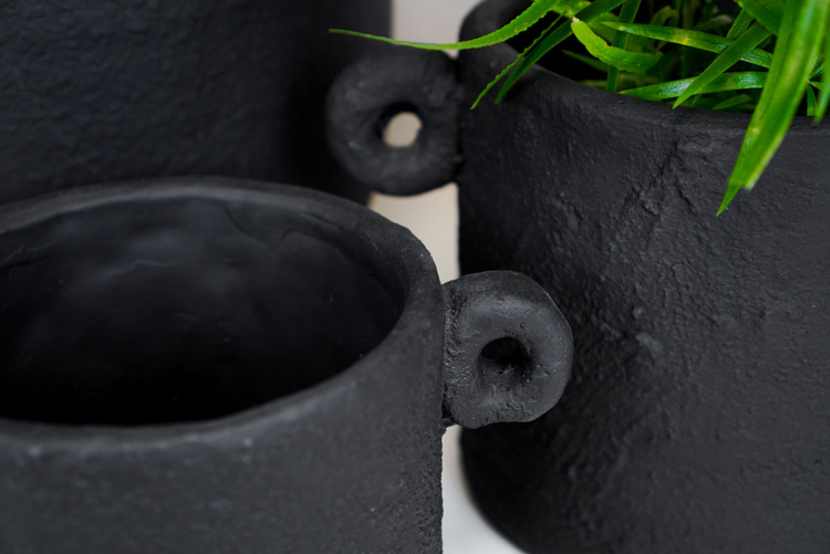Pot Charcoal M