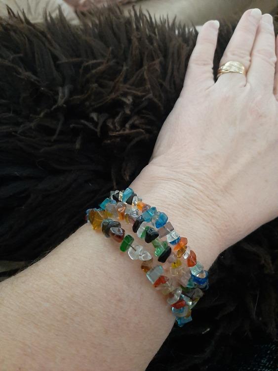 Armband med glaspärlor