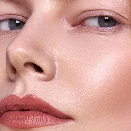 Mádara - Velvet Wear Matte Cream Lipstick - Warm Nude