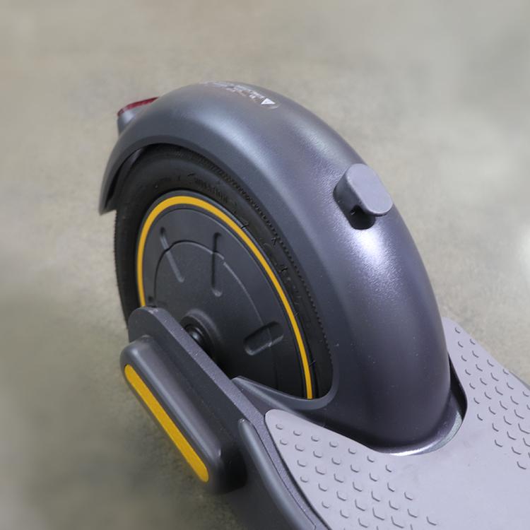 Ninebot G30 MAX Bakskärm