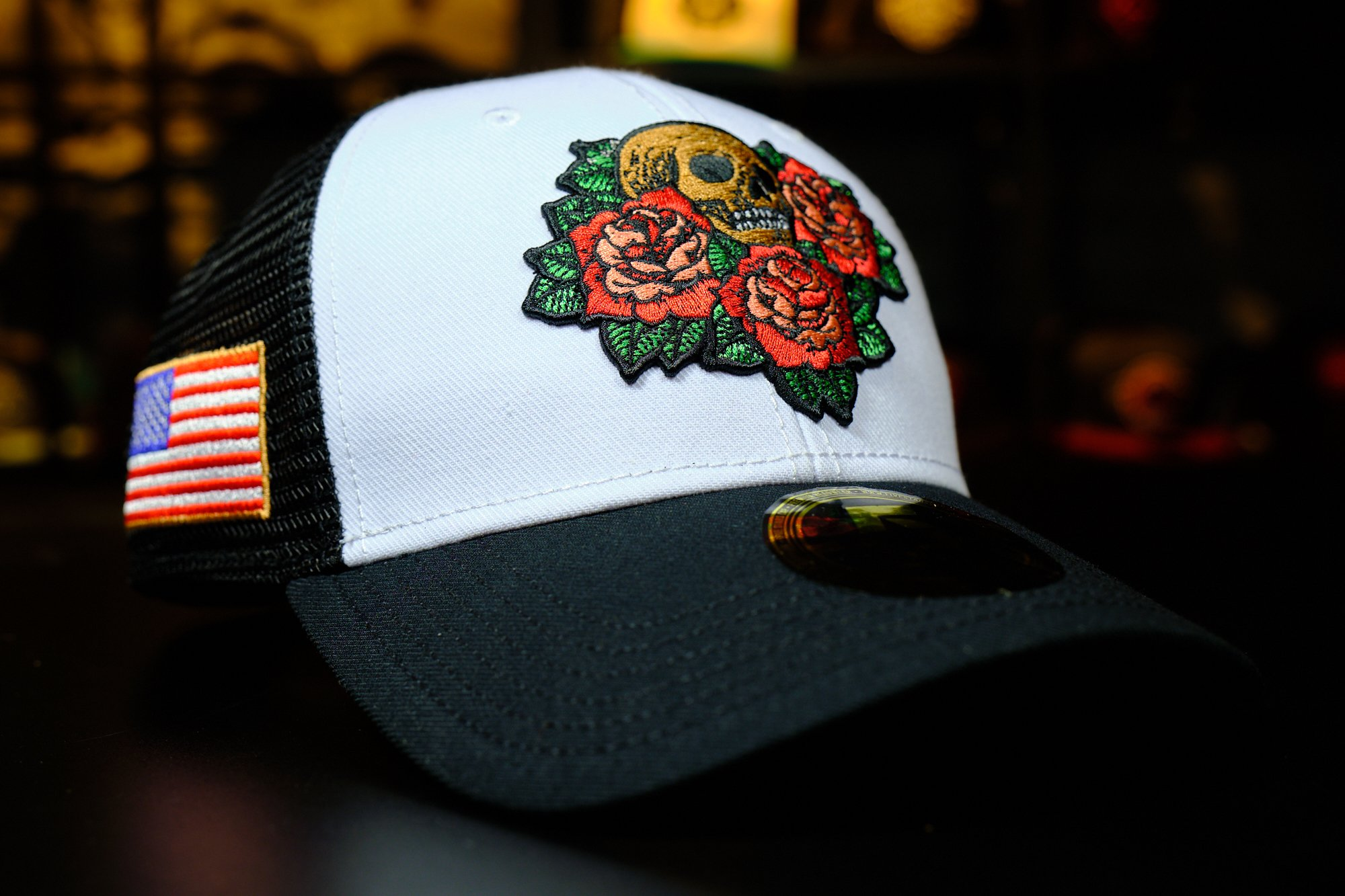 Curved Caps med brodert logo