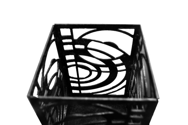 Marshallhållare Pion i lackad stål