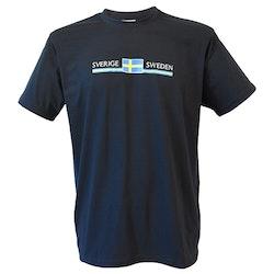 T-Shirt med Sverige flagga motiv