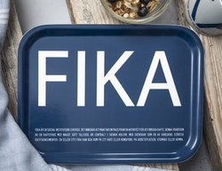 FRUKOSTBRICKA FIKA BLÅ & VIT