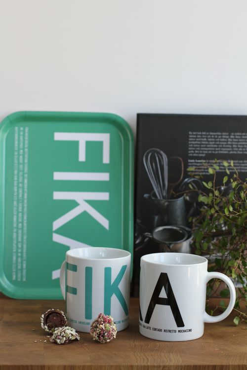 Bricka FIKA, Grön (with English text)