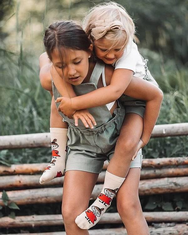 Barnstrumpor: Little My planeringstrick