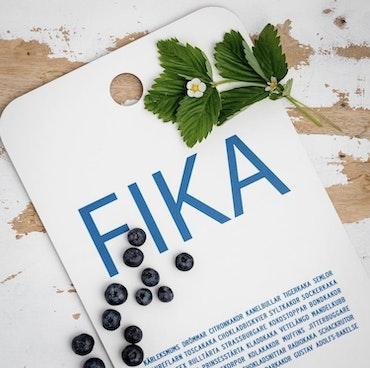 Tabla de cortar de doble cara FIKA, azul y amarillo