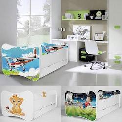 Barnsäng Mati 140x70 med sidoskydd & låda