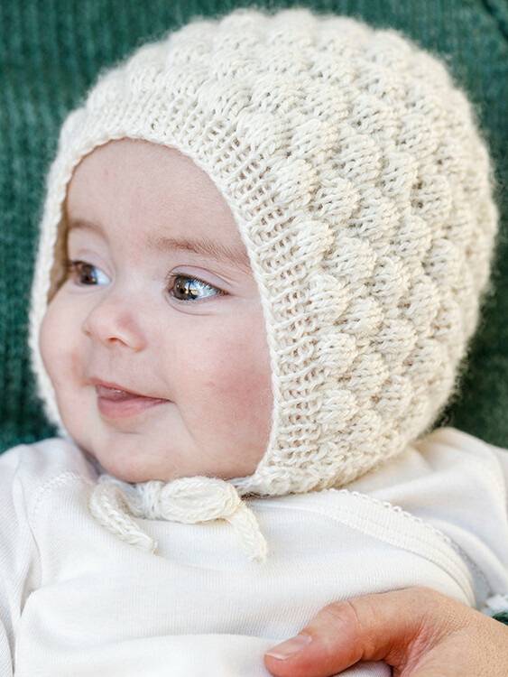 1694  Babymössa och tossor