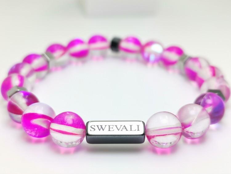 Happy pink bild 2, vackert armband i en snygg kombination. Armbandet är unisex och passat både män och kvinnor. Otroligt vacker Pärlarmband från SWEVALI.