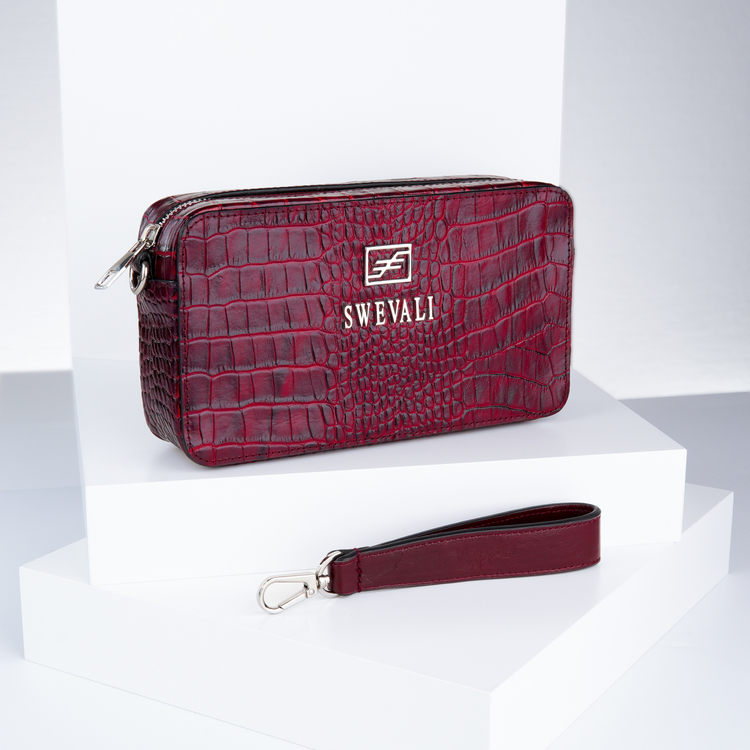 purses outfits & purse fashion from SWEVALI bags designer bild 1 which is careful to provide fashion ideas .Recently launched its unique purses and bags fashion for women & men