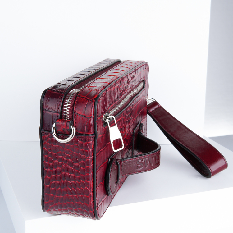 purses outfits & purse fashion from SWEVALI bags designer bild 3 which is careful to provide fashion ideas .Recently launched its unique purses and bags fashion for women & men
