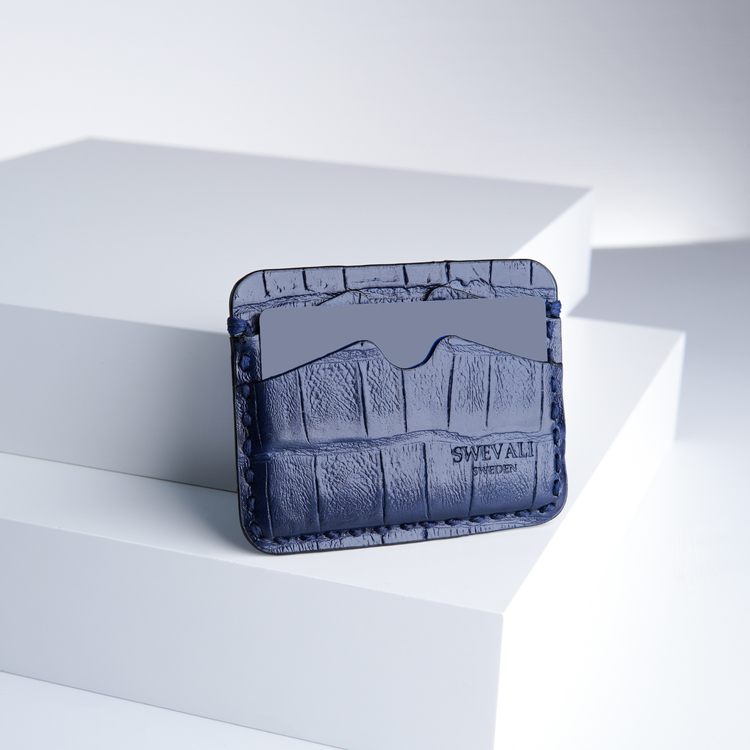 Leather set bags exotic croco blue night - clutch and sling bag with mobile case and pouch plus card holder and keyholder . bild 5