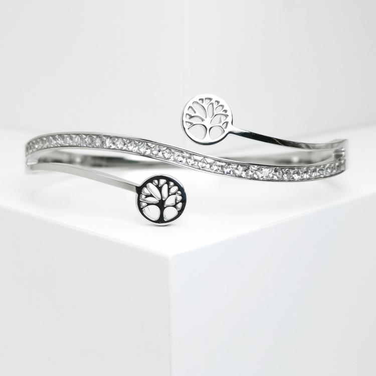 Tree of life harmony S Armband bild 1 är en Elegant, tidlös, och modern accessoar. Otroligt Vacker design av SWEVALI för alla tillfälle. Smycken är av hög kvalité Stainless Steel. Passar perfekt för d