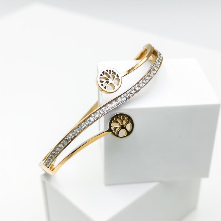 Tree of life harmony G Armband bild 2 är en Elegant, tidlös, och modern accessoar. Otroligt Vacker design av SWEVALI för alla tillfälle. Smycken är av hög kvalité Stainless Steel. Passar perfekt för d