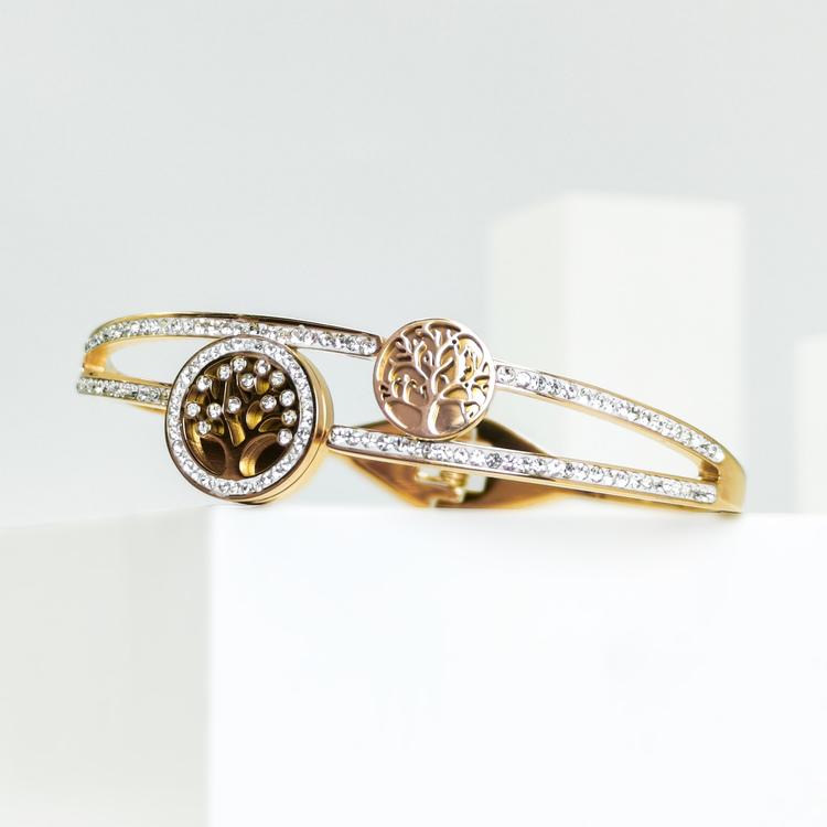 Tree of life Emersion Armband bild 5 är en Elegant, tidlös, och modern accessoar. Otroligt Vacker design av SWEVALI för alla tillfälle. Smycken är av hög kvalité Stainless Steel. Passar perfekt för da