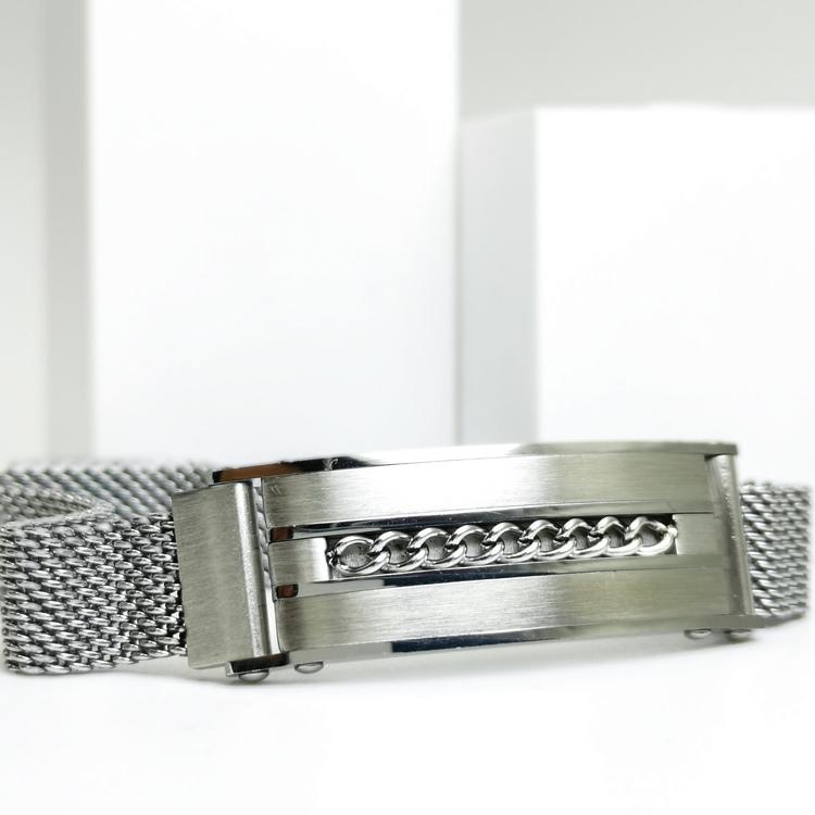 Confident Grey Metal Armband bild 2 är ett herr armband med vackra detaljer och hög kvalité