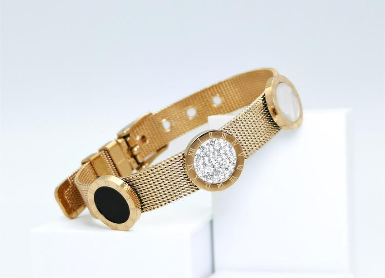 Era Elegance G Armband bild 5 är en Elegant, tidlös, och modern accessoar. Otroligt Vacker design av SWEVALI för alla tillfälle. Smycken är av hög kvalité Stainless Steel. Passar perfekt för damer som