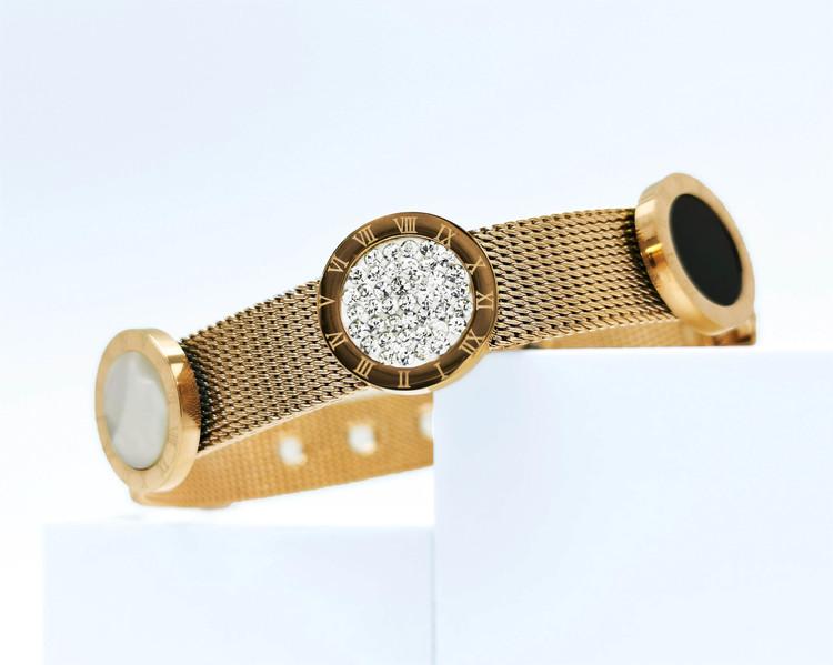 Era Elegance G Armband bild 1 är en Elegant, tidlös, och modern accessoar. Otroligt Vacker design av SWEVALI för alla tillfälle. Smycken är av hög kvalité Stainless Steel. Passar perfekt för damer som