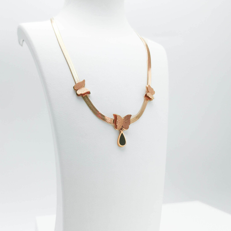 3- Queen Butterfly Ultimate Beauty Halsband Modern and trendy Necklace and women jewelry and accessories from SWEVALI fashion Sweden