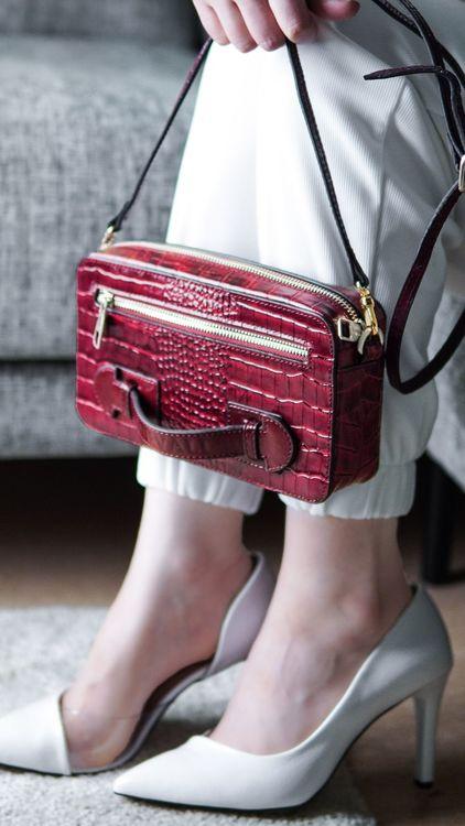 "Leather Clutch Bag ""Coco Carmine"" Mini Charm - SWEVALI"