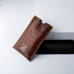 """Leather Sling Phone Pouch """"Coco Sahara"""" The Daily - SWEVALI"""