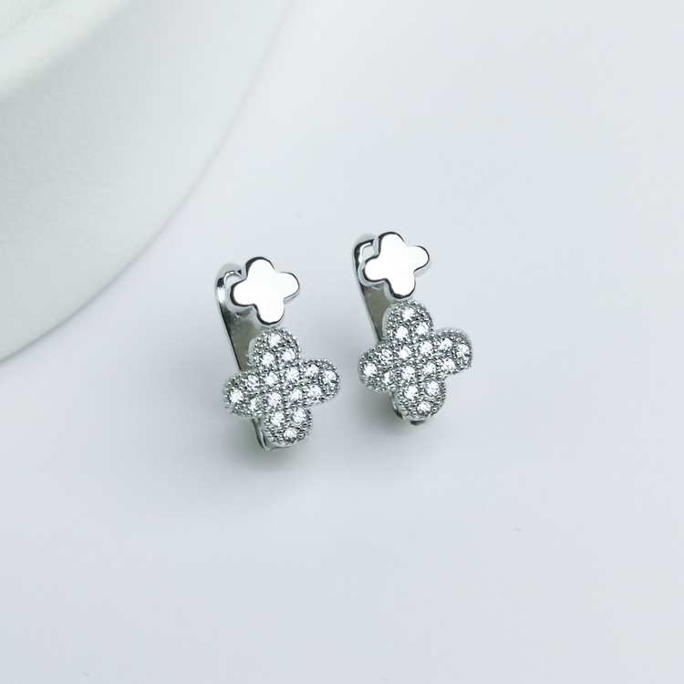 1 - Clover babe Silver Örhänge 925 Modern and trendy earings and women jewelry and accessories