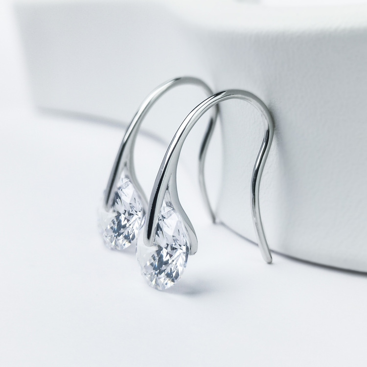 3 - Heel Wheel Crystal Silver Örhänge 925 Modern and trendy earings and women jewelry and accessories