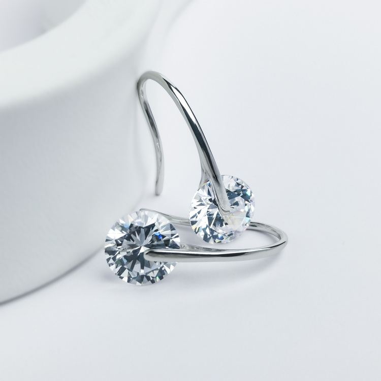 2 - Heel Wheel Crystal Silver Örhänge 925 Modern and trendy earings and women jewelry and accessories
