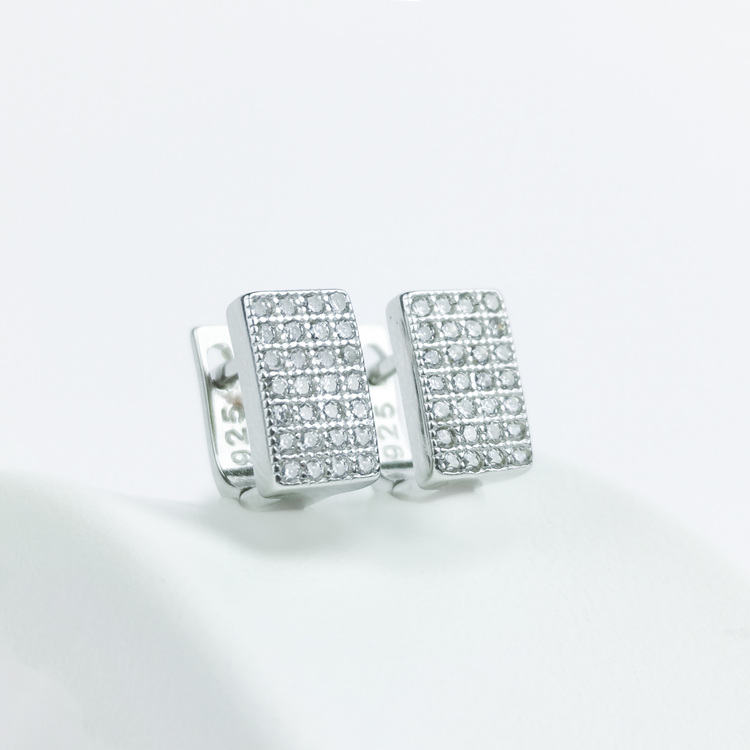 3 - Confident Babe Silver Örhänge 925 Modern and trendy earings and women jewelry and accessories