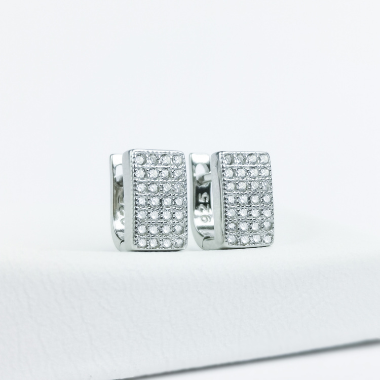 1 - Confident Babe Silver Örhänge 925 Modern and trendy earings and women jewelry and accessories