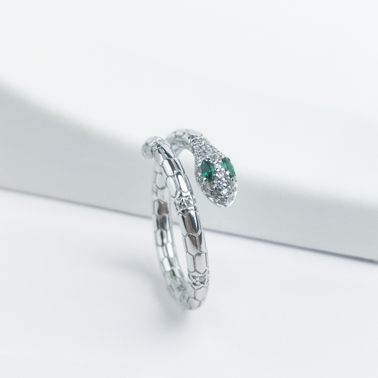 2 - Green Eyed Python Lady Babe Silver Ring 925 Modern and trendy Silver Rings and women jewelry and accessories from SWEVALI fashion Sweden