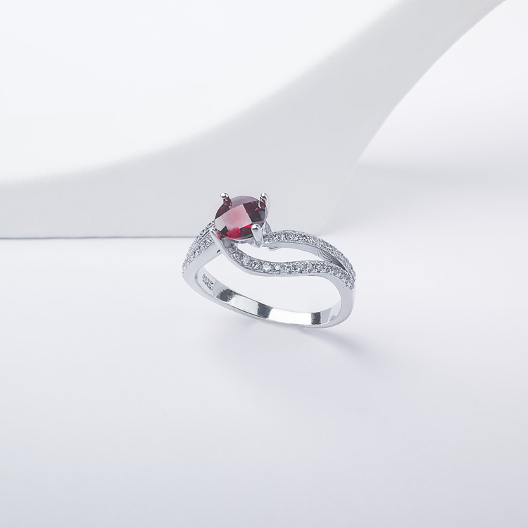 2- Seductive Carmine Silver Ring 925 Modern and trendy Silver Rings and women jewelry and accessories from SWEVALI fashion Sweden