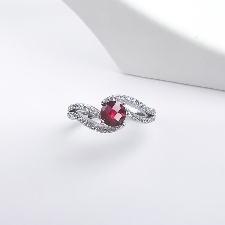 4- Seductive Carmine Silver Ring 925 Modern and trendy Silver Rings and women jewelry and accessories from SWEVALI fashion Sweden