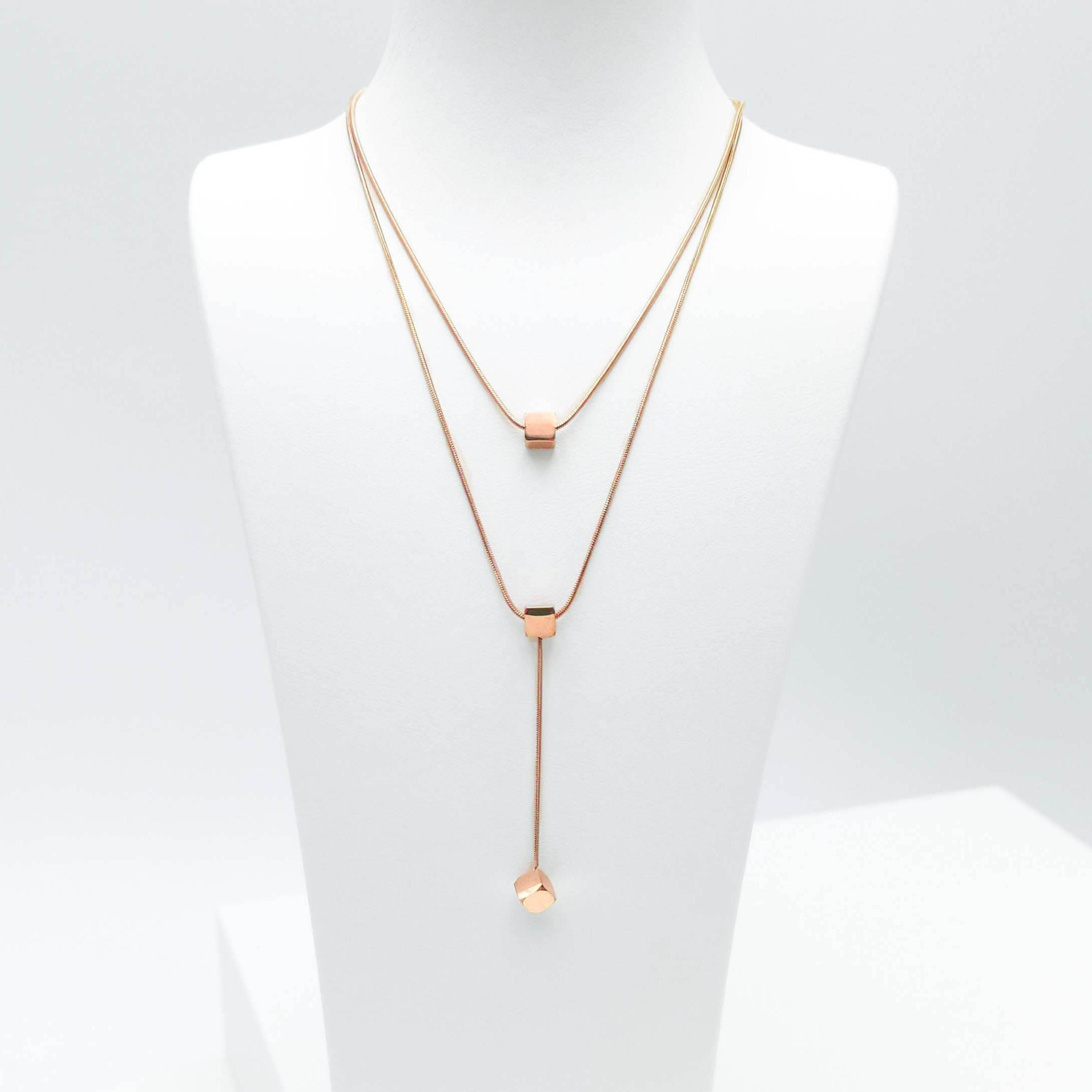 1- Charisma Lucky Orbits Halsband Modern and trendy Necklace and women jewelry and accessories from SWEVALI fashion Sweden