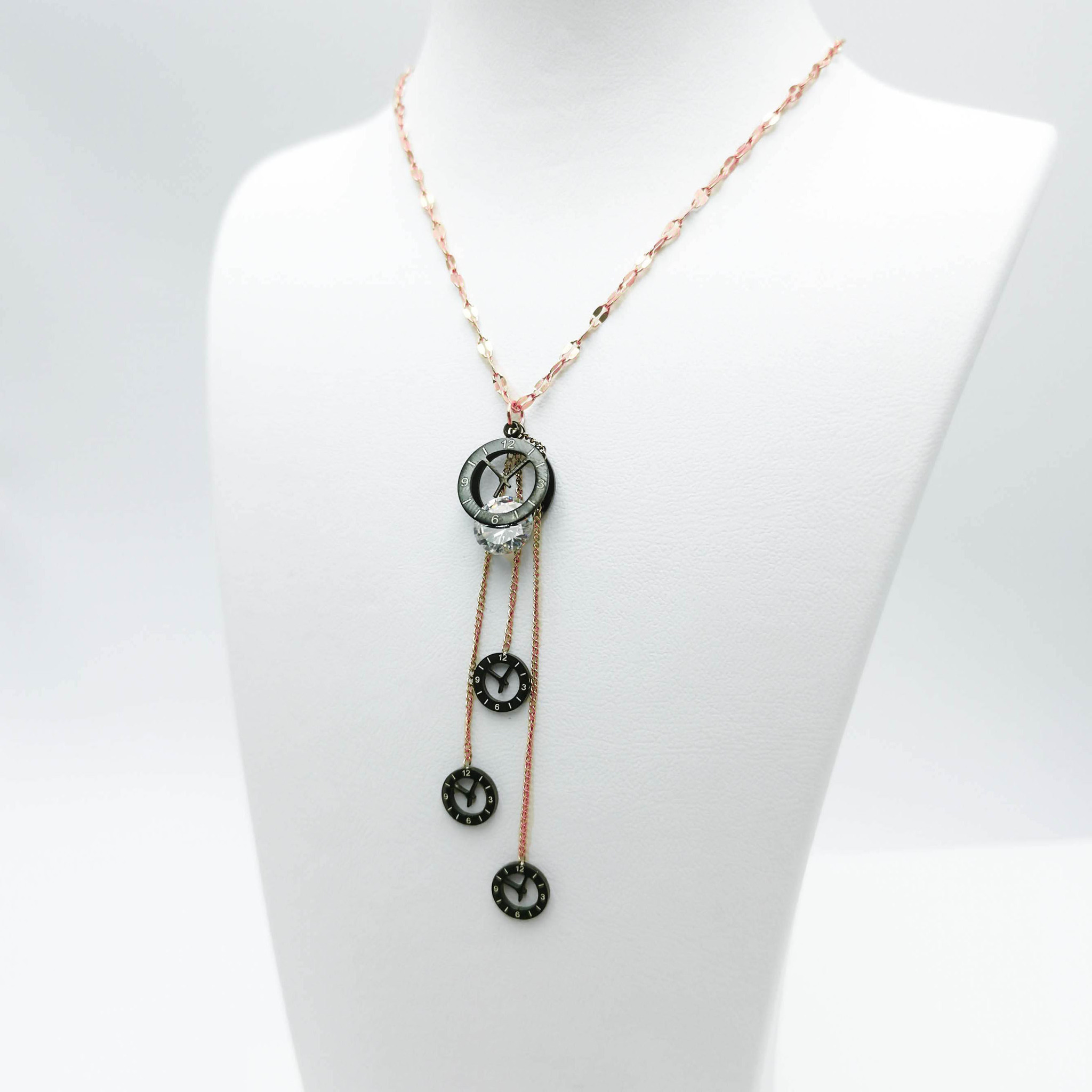 1- Lifetime Moments Halsband Modern and trendy Necklace and women jewelry and accessories from SWEVALI fashion Sweden