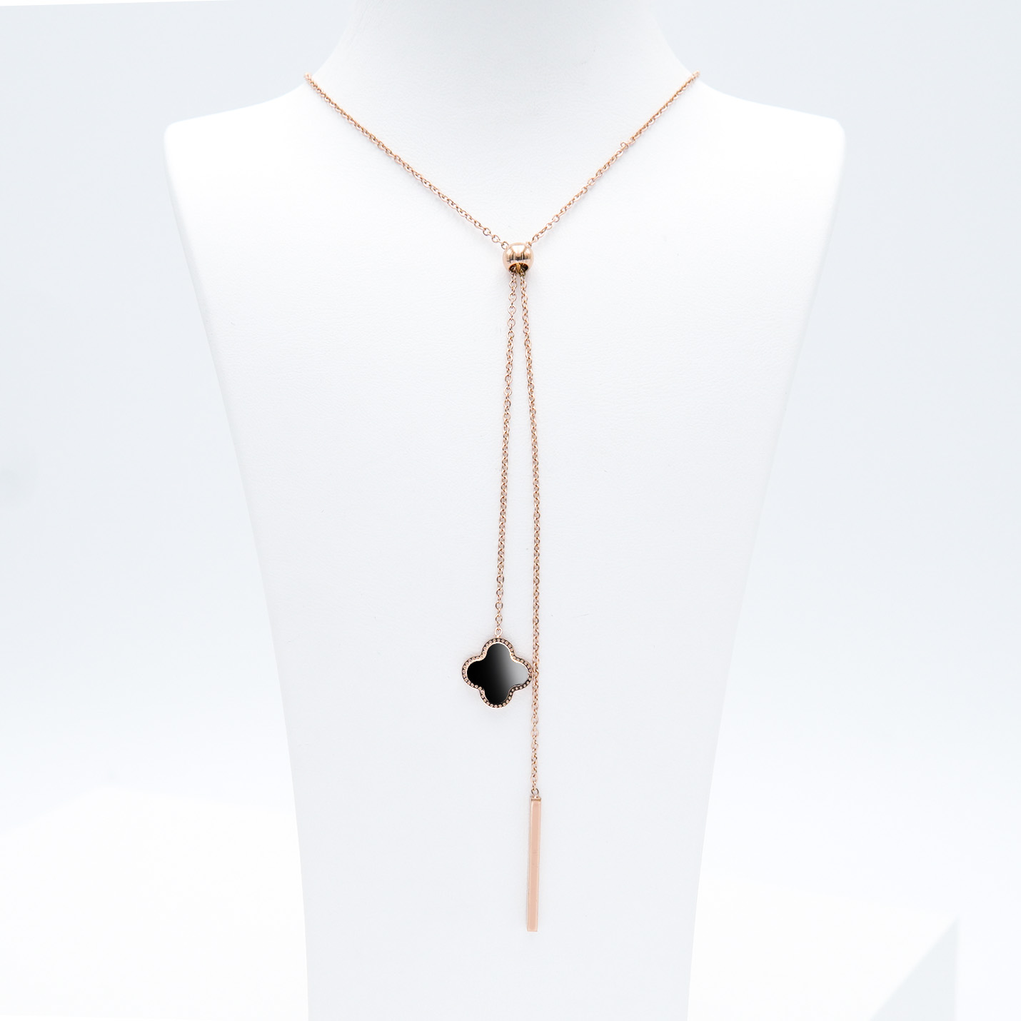 1- Clover Grace Brace Rose Edition Halsband Modern and trendy Necklace and women jewelry and accessories from SWEVALI fashion Sweden