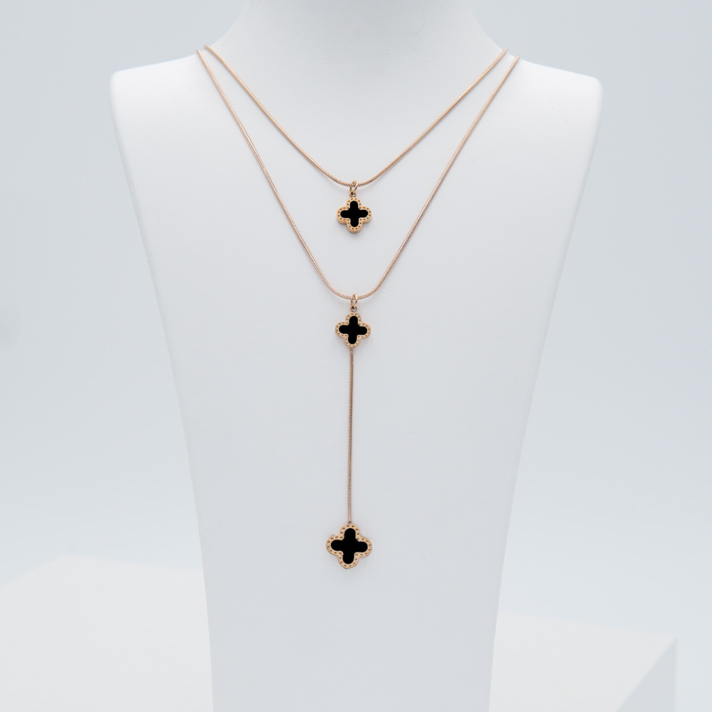 2- Clover Lucky Forever Rose Edition Halsband Modern and trendy Necklace and women jewelry and accessories from SWEVALI fashion Sweden