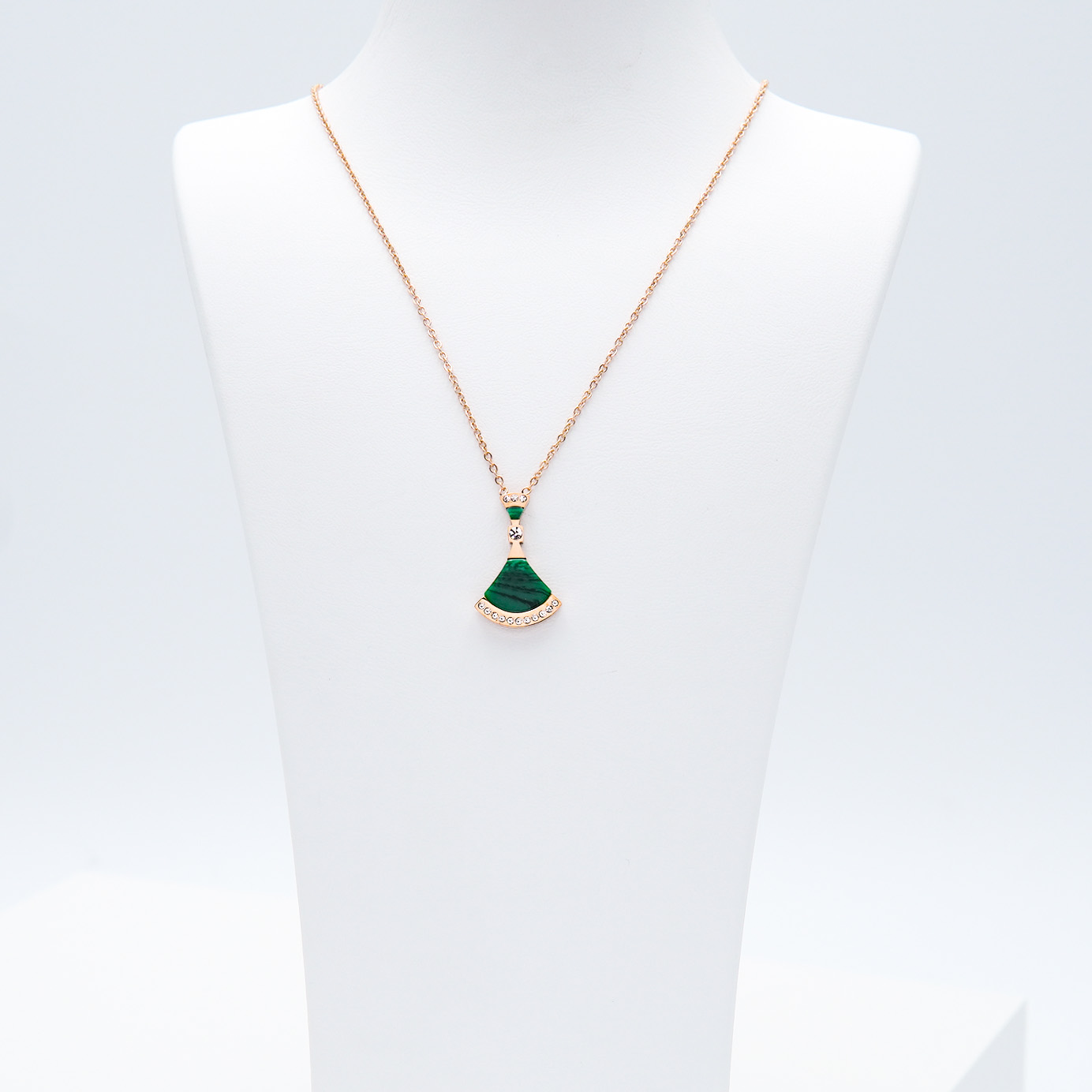 1- Elixir - Gold Edition Halsband Modern and trendy Necklace and women jewelry and accessories from SWEVALI fashion Sweden