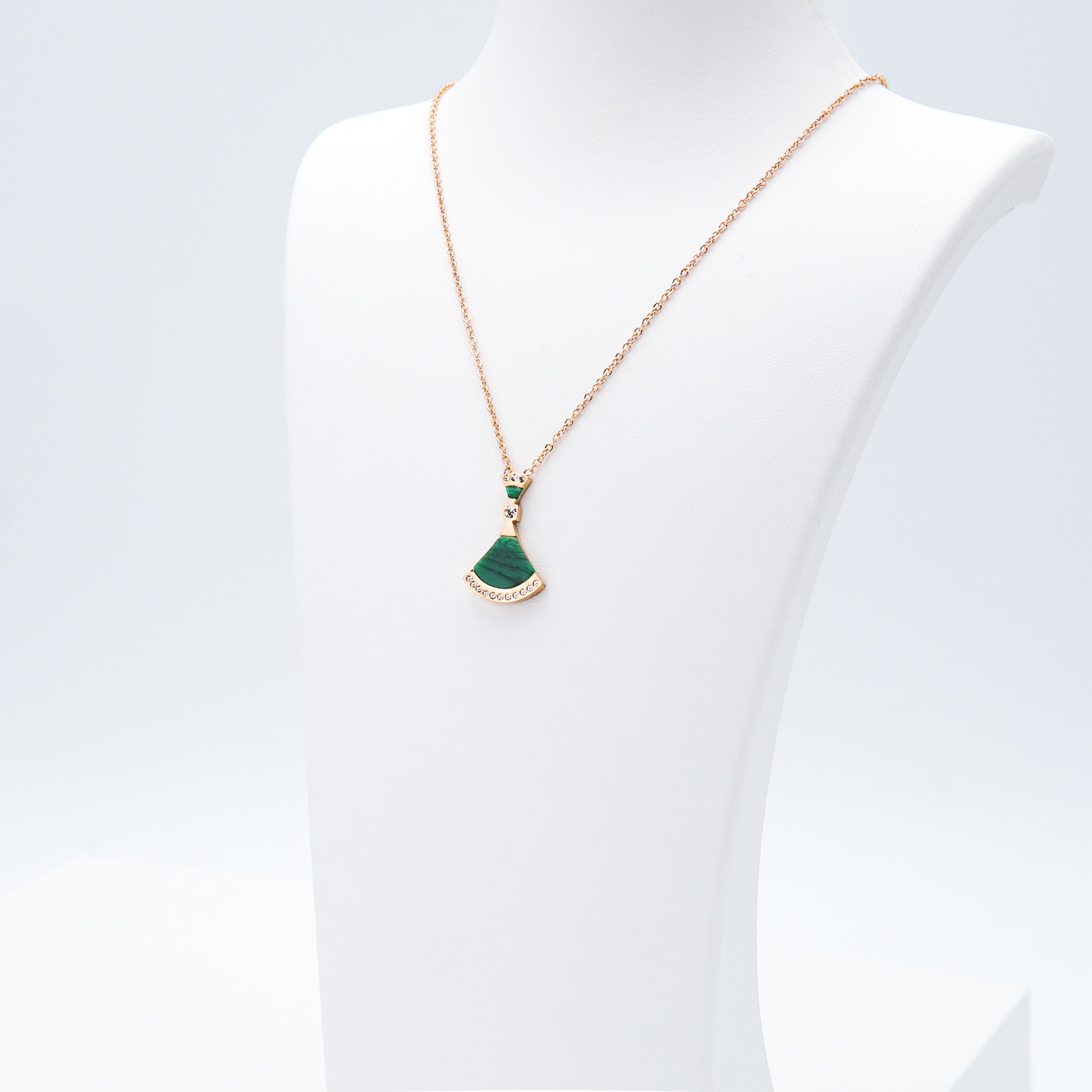 2- Elixir - Gold Edition Halsband Modern and trendy Necklace and women jewelry and accessories from SWEVALI fashion Sweden