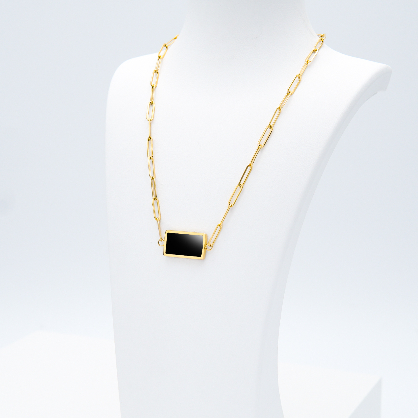 1- Gold in night Gold Edition Halsband Modern and trendy Necklace and women jewelry and accessories from SWEVALI fashion Sweden
