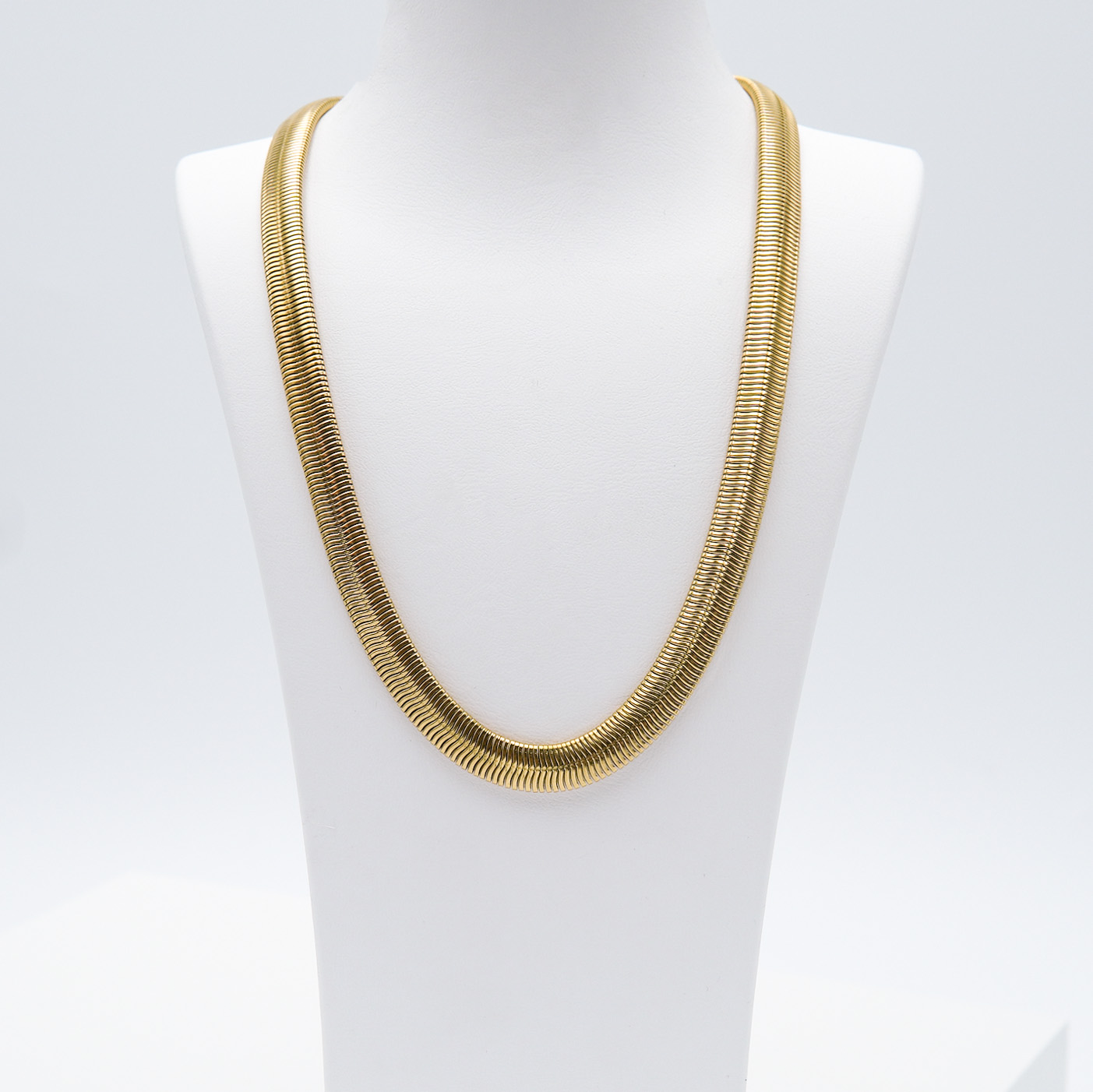 1- Marilyn Monroe Necklace Gold Edition Halsband Modern and trendy Necklace and women jewelry and accessories from SWEVALI fashion Sweden