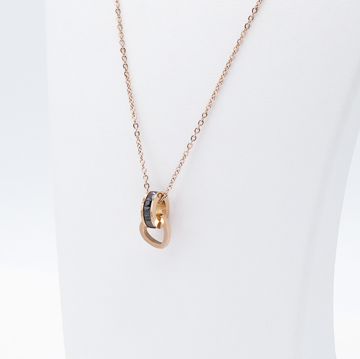 3- Night Memories Rose Edition Halsband Modern and trendy Necklace and women jewelry and accessories from SWEVALI fashion Sweden