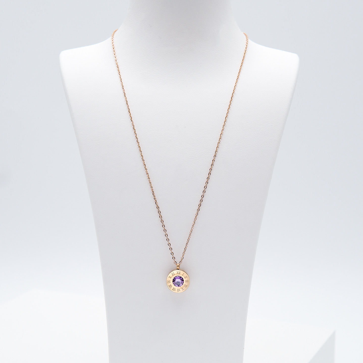 3- 4 Queen Diamonds Necklace Rose Edition Halsband Modern and trendy Necklace and women jewelry and accessories from SWEVALI fashion Sweden