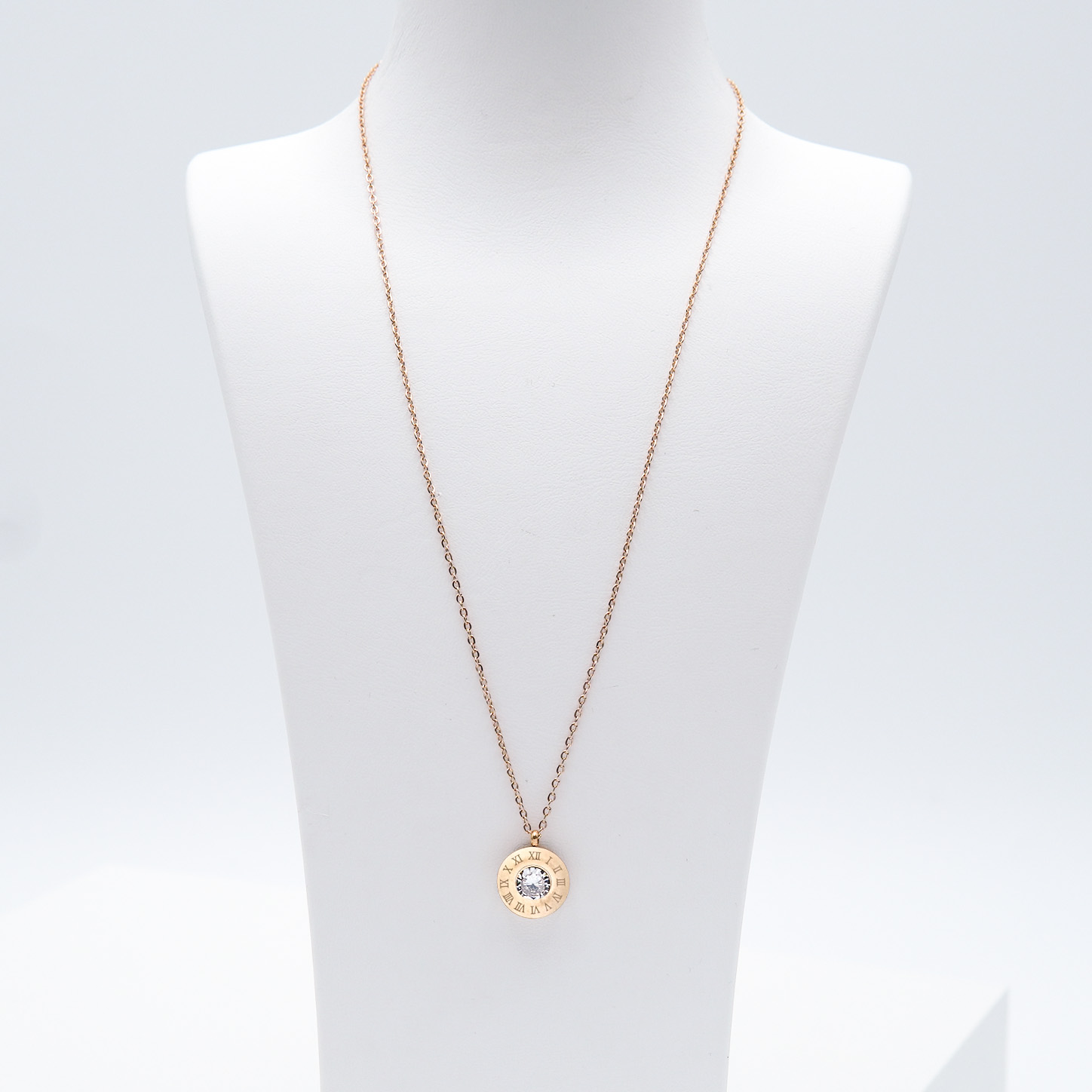 1- 4 Queen Diamonds Necklace Rose Edition Halsband Modern and trendy Necklace and women jewelry and accessories from SWEVALI fashion Sweden