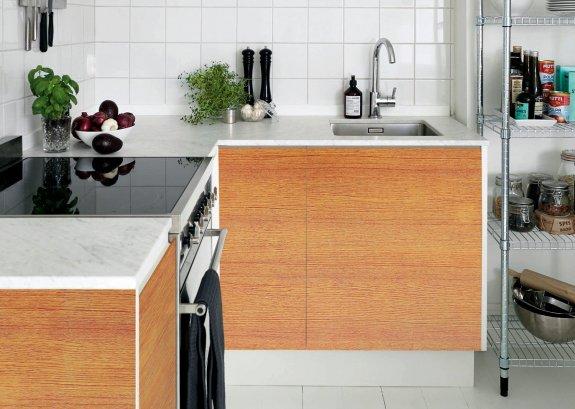 Dekorplast (45 x 200 cm) -  Mellanbrun trä